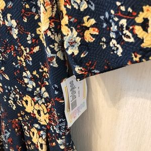 LuLaRoe Amelia New! Size Medium